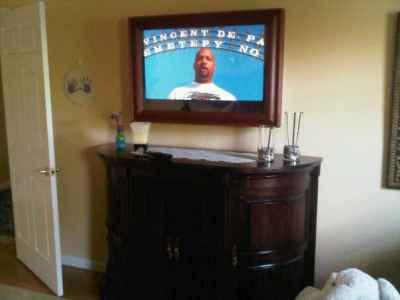 mirrored tv 02