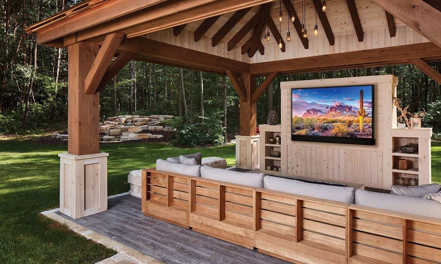 How to Achieve a True Outdoor Entertainment Experience